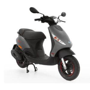 AAHScooters Piaggio Zip S _ Grijs